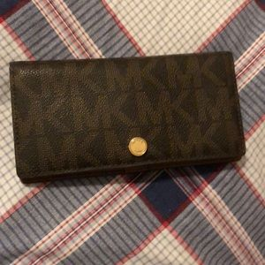 Michael Kors snap closure wallet